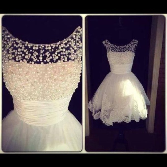 New Style Scooped Neckline Beaded Pearls Lace Short Wedding Dresses Bride Dress Prom Dresses Homecoming Dresses